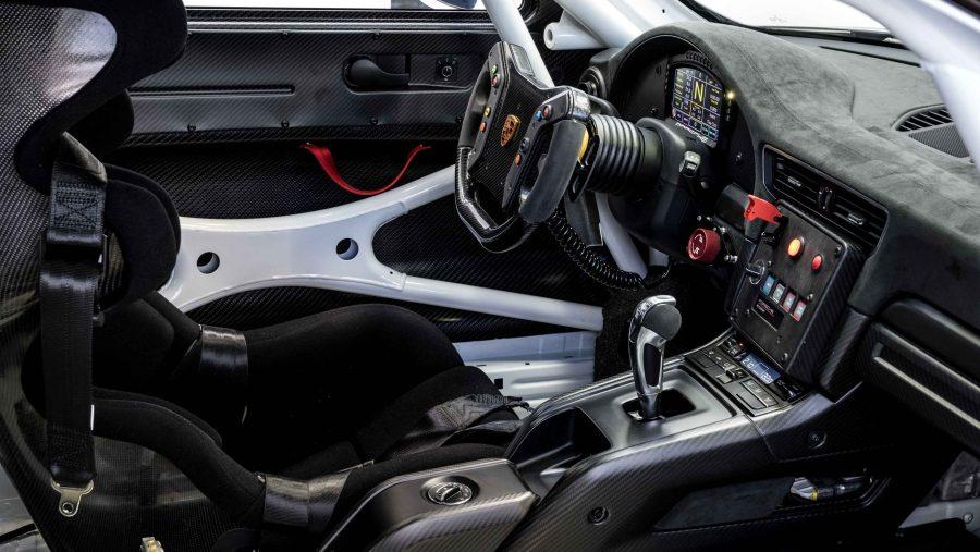 بورشه تُطلق عنان 911GT2 RSكلوب سبورت على حلبة أردينز