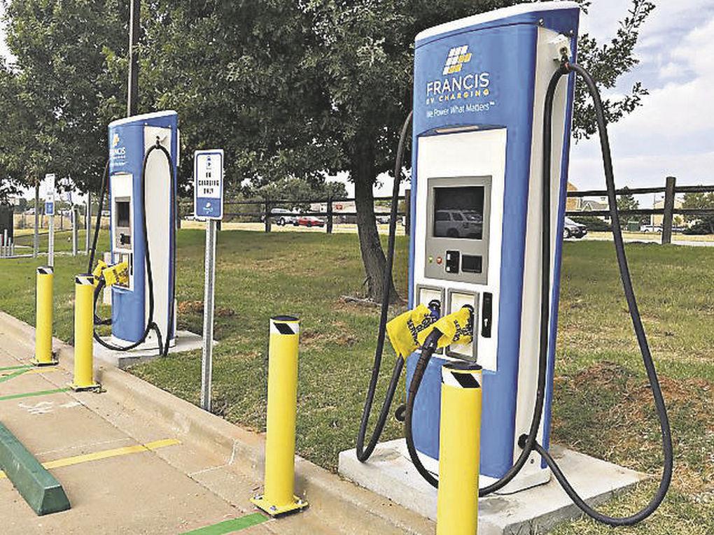 محطات شحن السيارات الكهربائية - أحمد زين - ريفولتا إيجيبت - آخر مشاريع ريفولتا - أسعار السيارات الكهربائية - محطات شحن السيارات الكهربائية - صيانة السيارات الكهربائية - أحدث سيارة كهربائية - أفضل سيارة كهربائية - كيفية شحن السيارات الكهربائية - محطات شحن متنقلة - موقع سيارات مستعملة - جروب سيارات - أحدث السيارات - أخبار السيارات - أسعار السيارات - تكنولوجيا السيارات الكهربائية